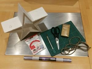 Bastelmaterial-Weihnachtsstern-Lampenstern