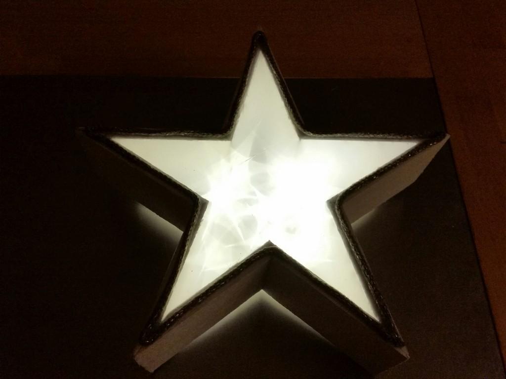 Leuchtender-3d-Stern